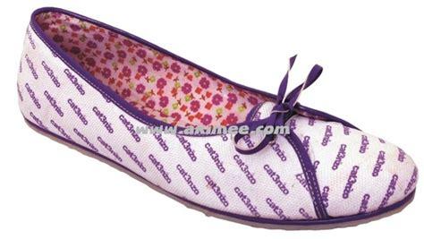 Sepatu Santai Harian model sepatu 2012 trend sepatu terbaru