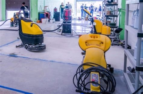 Floor Scrubbing Robot by Advantages Of Floor Scrubbing Machine For Your