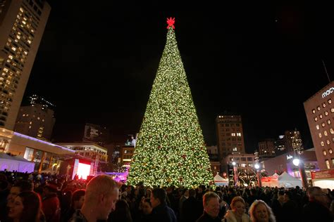 san francisco christmas tree lighting live quot union square at macy s 2016 great tree lighting