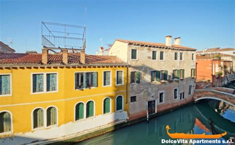 appartments venice apartment in venice dorsoduro canal view for 6 people