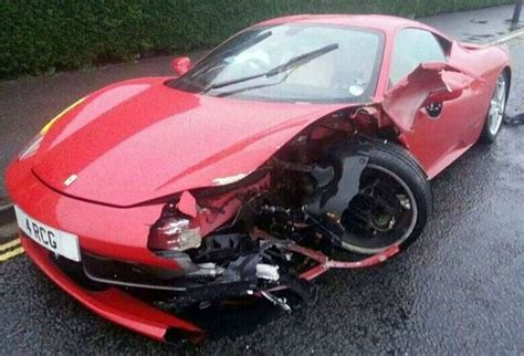 ferrari crash  real  ghastly ferrari accident cases