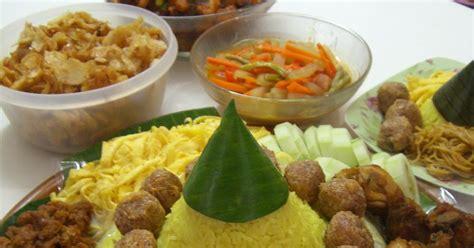 cara membuat nasi kuning versi bahasa inggris resep keluarga cinta tumpeng nasi kuning ulang tahun