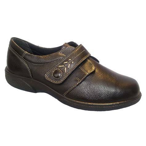 wide shoes for db shoes healey chocolate single touch velcro wide