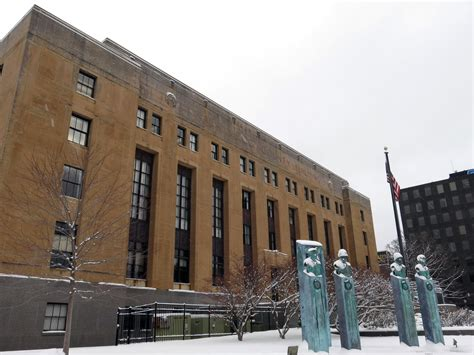 Kalamazoo County Court Records County Ahead With Courthouse Land Wmuk