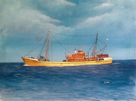 fishing boat art work dave nelson steaming home fleetwood trawler dorinda