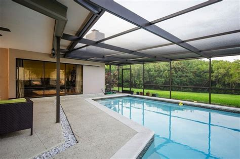 Glass Enclosed Patios by 20 Beautiful Glass Enclosed Patio Ideas