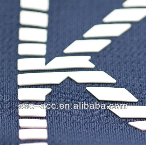 accurate rubber st raised rubber label printing heat transfer garment