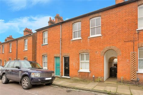 2 bedroom house st albans 2 bedroom house for sale pageant road st albans