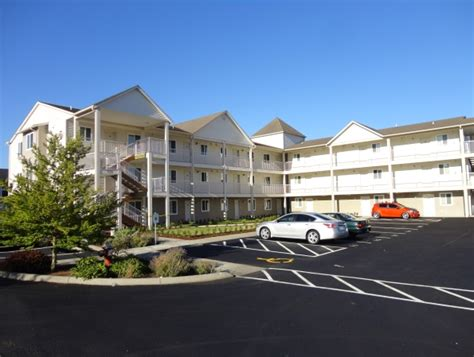 Court Appartments by Benjamin Court Apartments Rentals Bellingham Wa