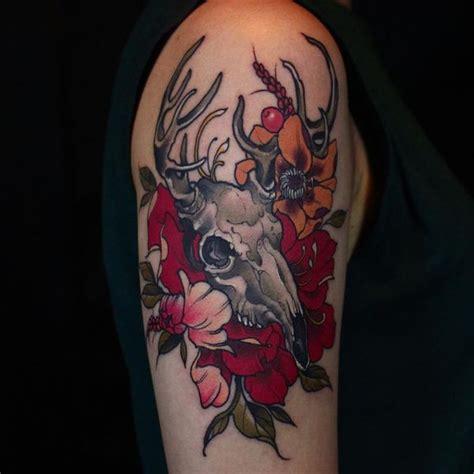 quarter leg sleeve tattoo quarter sleeve tattoo ideas for men and women
