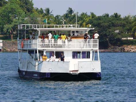 boat cruise zambia cruise boat