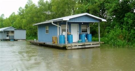 boats for sale on louisiana sportsman house barges for sale louisiana house boat houseboat