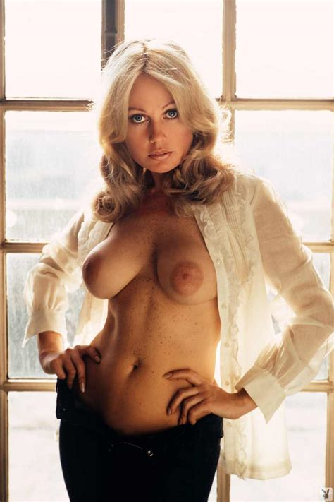 Retro Perversium Glamour Nudes