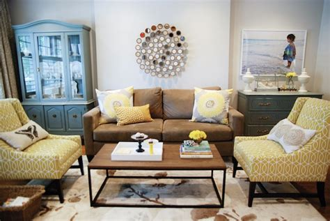 Yellow Living Room Brown Furniture Yellow And Brown Living Room Transitional Living Room