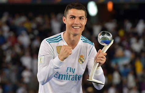 Kaos Christiano Ronaldo Cr7 Selebrasi what cristiano ronaldo has demanded from real madrid about his future givemesport