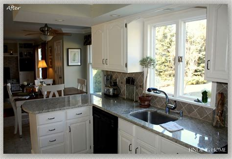 Remodelaholic From Oak To Beautiful White Kitchen Cabinets Painting Oak Kitchen Cabinets White Before And After
