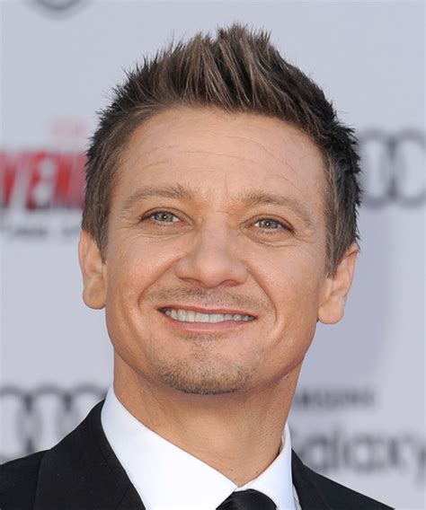 Jeremy Renner Hairstyle | jeremy renner short straight casual hairstyle light brunette