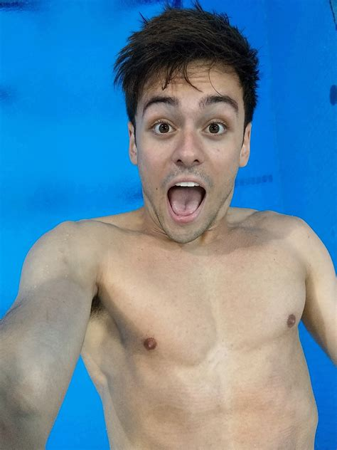 tom daley takes selfies   level  mid air