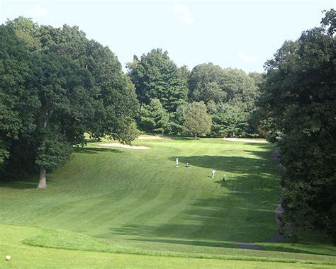 stanley golf  coupons    newington ct