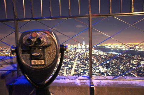 empire state building deck vs top deck views from the empire state building new york travel
