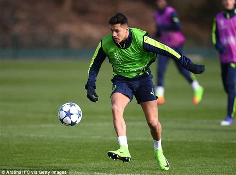 alexis sanchez club arsenal news arsene wenger claims they are world s best