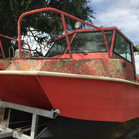 how to polish a fiberglass boat hull how to buff out a fiberglass boat