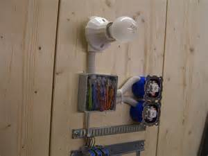 le mit 2 schaltern wechselschaltung anschliessen und verdrahten elektricks
