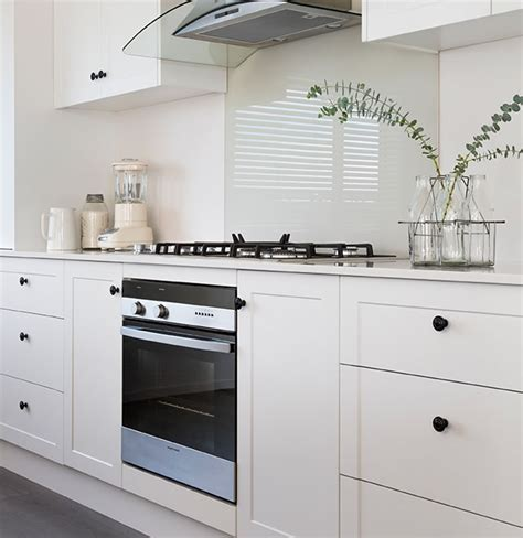 kitchen cabinets nz kitchen cabinet doors thermoformed melamine and gloss