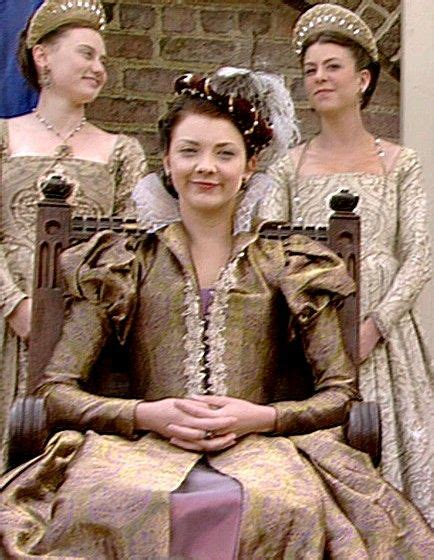 natalie dormer the tudor natalie dormer as boleyn in the tudors 1500 1550