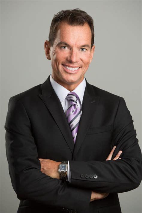 Executive Portraits by Business Headshots And Executive Portraits Toronto