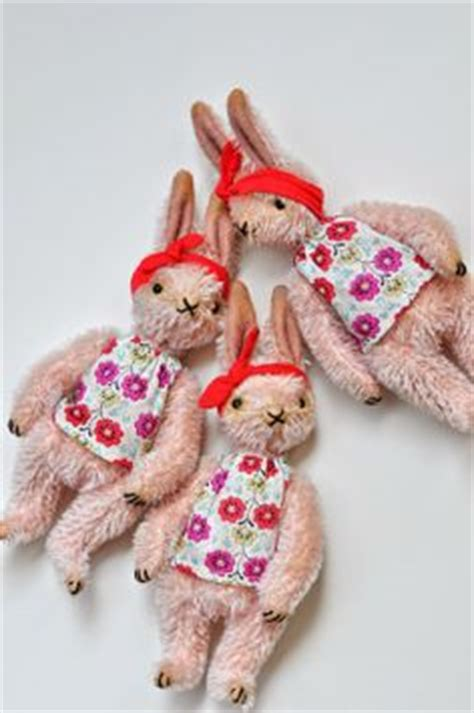 Handmade By Jenn - vintage bunny prints on vintage easter