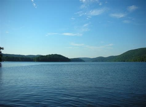 Book Review Candlewood Lake By C Sansevieri by Candlewood Lake Picture Of Lakeside Danbury
