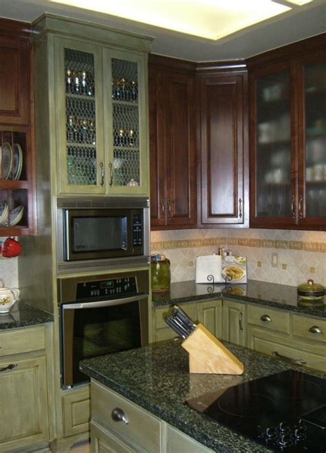 kitchens with green cabinets green glazed kitchen cabinets kitchen colors pinterest