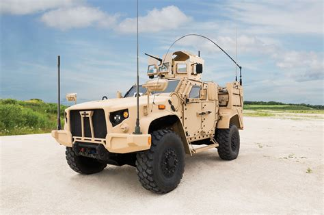 tactical truck oshkosh wins u s army contract for joint light tactical