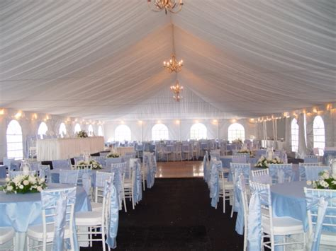merry brides how to choose an outdoor wedding tent size