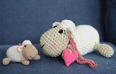 free amigurumi pattern ravelry ravelry squeezable sheep pattern by tracey macintyre