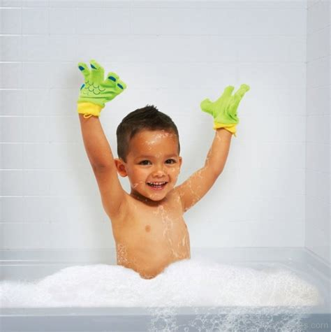 bathtub day bubble bath day pictures images graphics for facebook