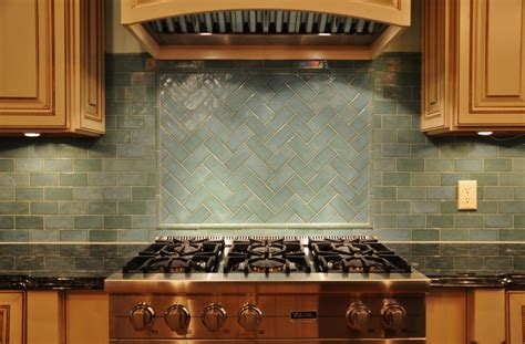 installing kitchen backsplash tile best kitchen backsplash glass tiles home design ideas