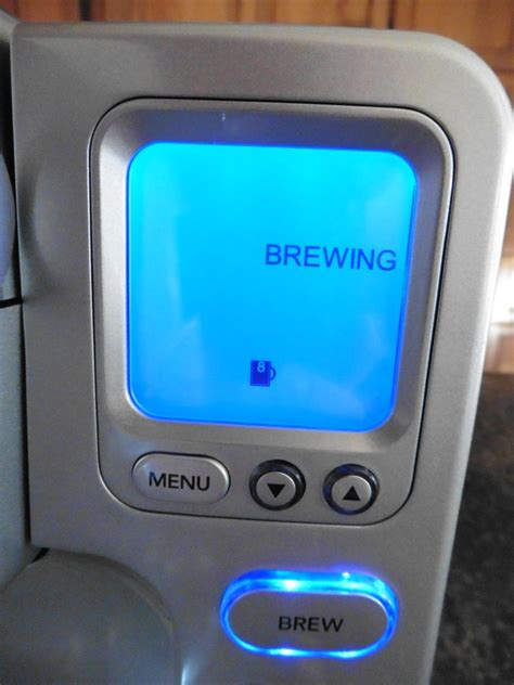 Cuisinart SS 700 Single Serve Brewing System Review (Pretty Cool)