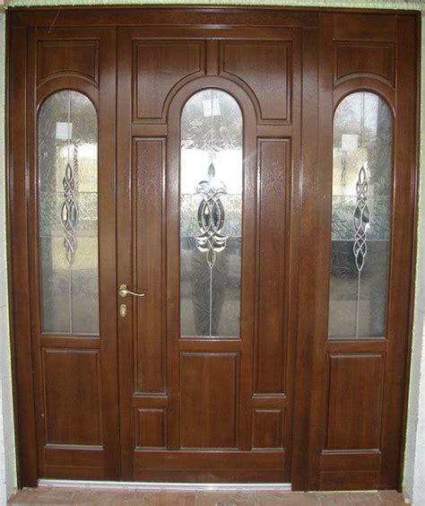 usa exterior usa de exterior din lemn stratificat ferestre si usi