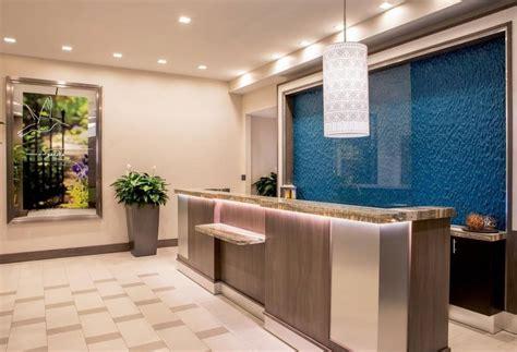 hotel front desk nyc hotel garden inn nyc financial center manhattan