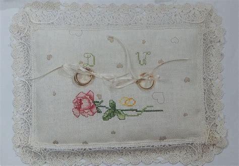 cuscino portafedi a punto croce cuscino per fedi cuscino porta fedi con pizzo e ricamo a