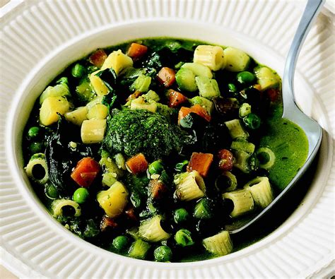 ricette cucina genovese ricetta minestrone alla genovese la cucina italiana
