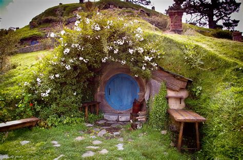 hobbit hole the hobbit stimulates interest in new zealand luxury