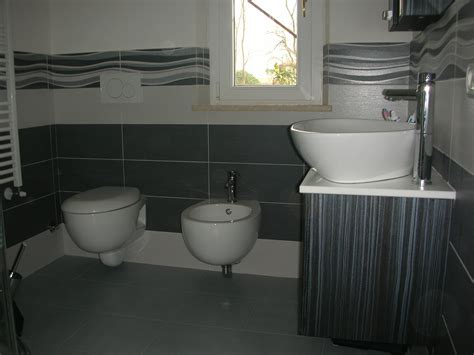 piastrelle grigie bagno mattonelle bagno grigie duylinh for