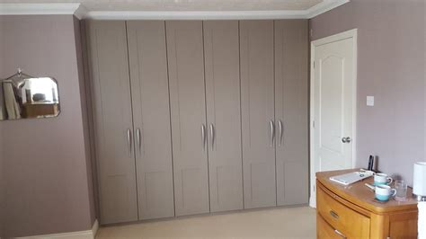 Grey Fitted Wardrobes by Fitted Wardrobes Portfolio