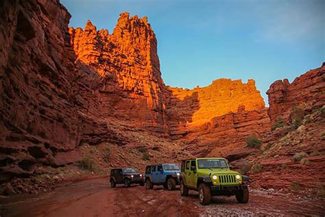 jeep utah moab pictures