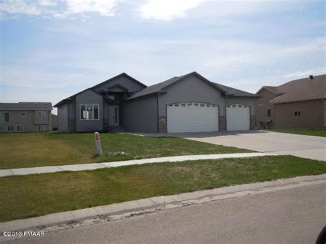4742 44th st s fargo dakota 58104 detailed