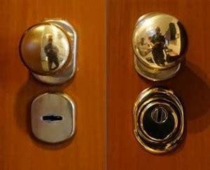 come fanno i ladri ad aprire le porte blindate s o s serrature porte blindate e finestre cagliari