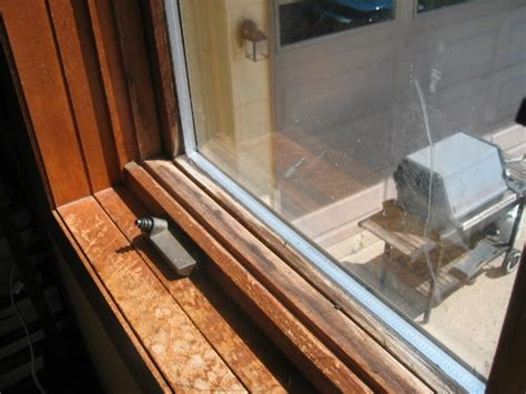 how to repair broken glass window panes how to fix a cracked window pane